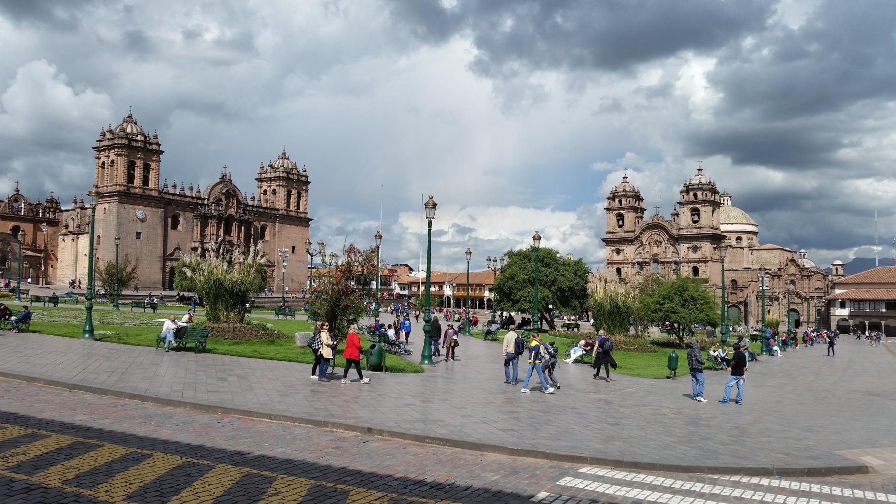 Main square Cusco - cusco tour