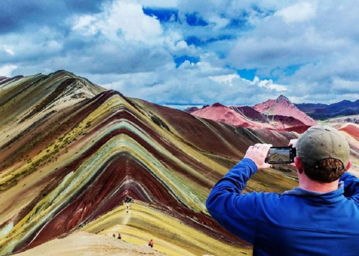 Hiking to the Rainbow Mountain Vinicunca