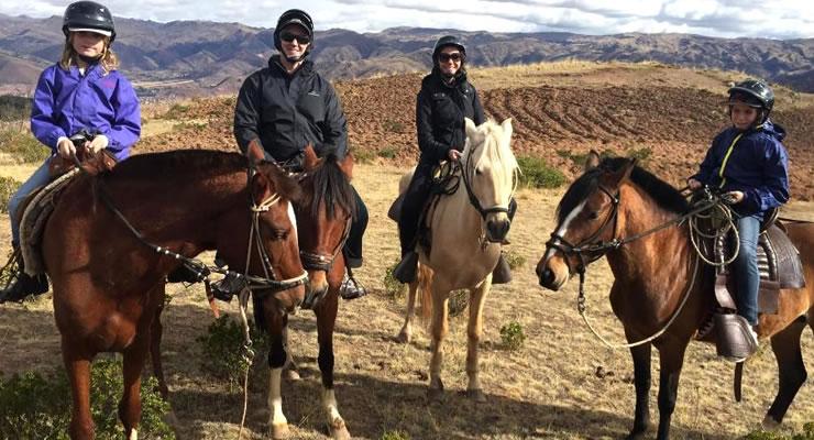 horseback-riding-tour-cusco-img01