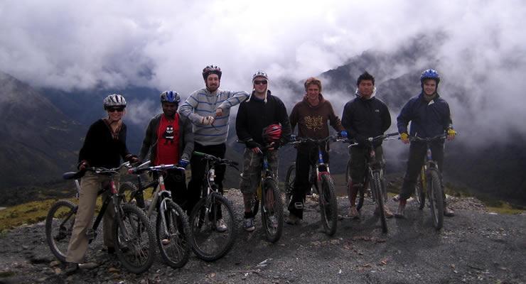 Inca Jungle Trail Caminata a Machu Picchu-ciclismo aventura cusco