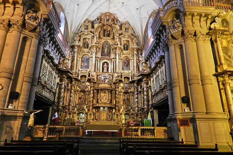 iglesia-cusco-la-compañia-de-jesus-img01