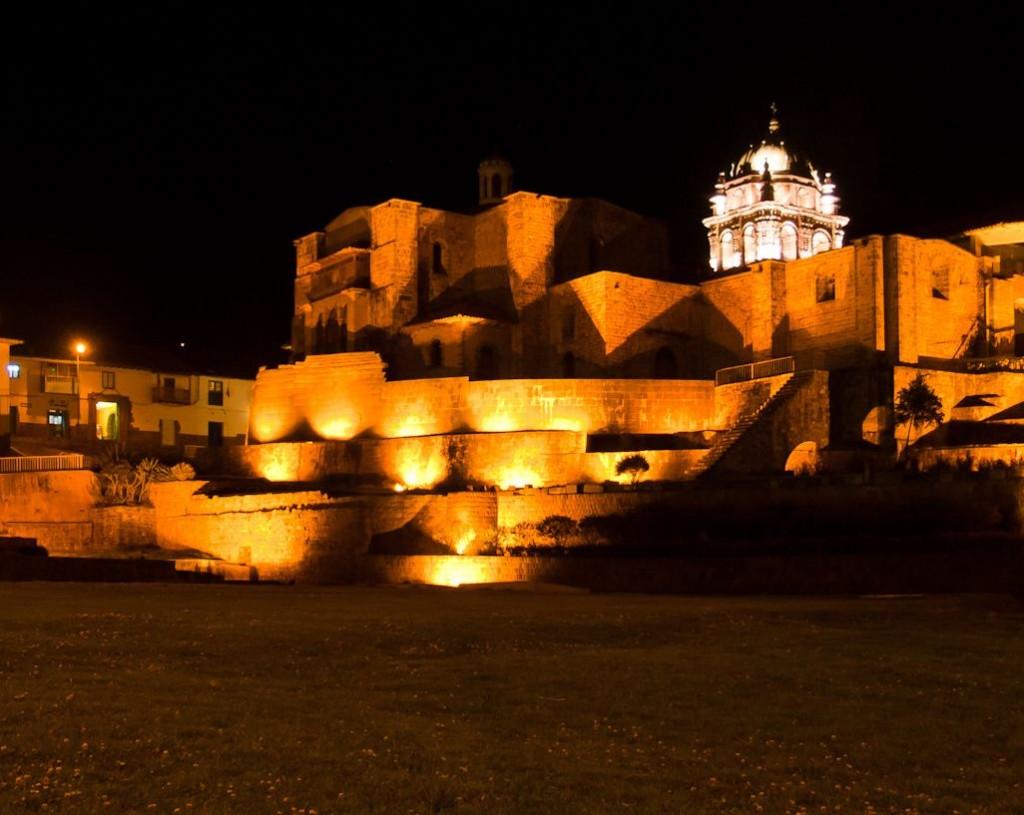koricancha-noche-cusco